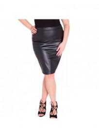 "Jupe grande taille - jupe simili cuir ""Cory"" coloris noir Lili London (face)"